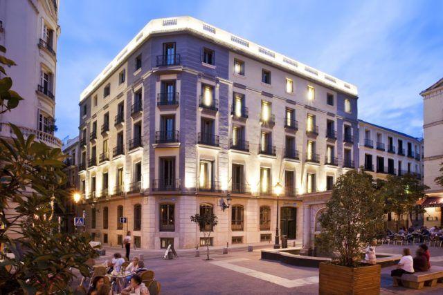 Oteli Milana