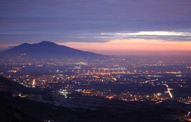 Panorama Brunate by night