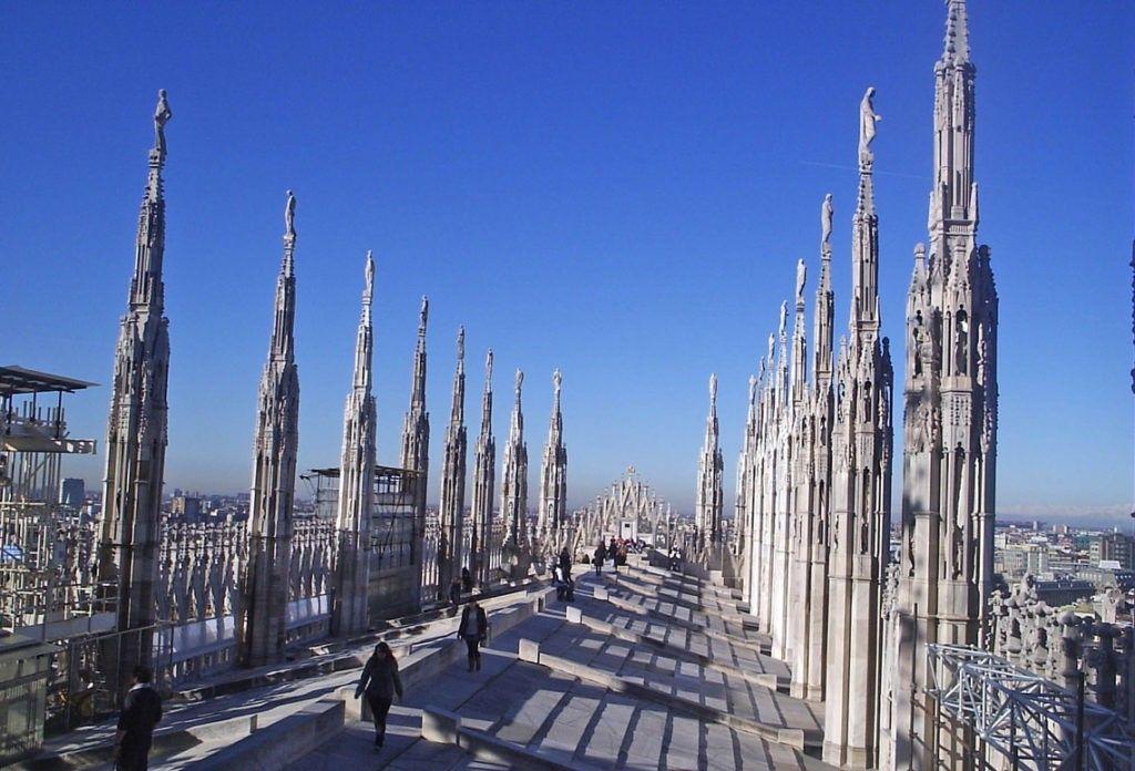 Терраса на Дуомо в Милане