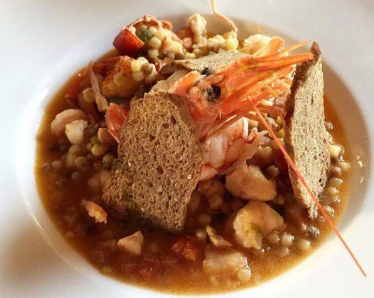 Ovi zuppa di pesce