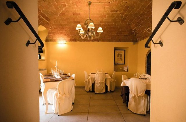 Trattoria Sarroc ресторан Монферрат