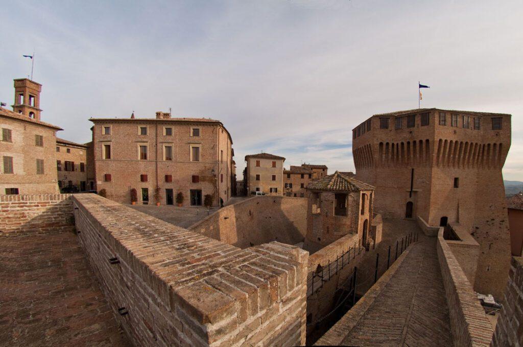 Castello di Mondavio